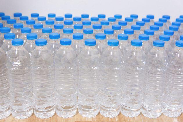 Le prix de l'eau minérale conditionnée baissera de 5% durant le mois de