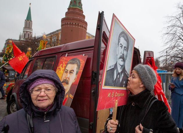 Το 70% των Ρώσων βλέπει θετικά τον ρόλο του Στάλιν στην ζωή της