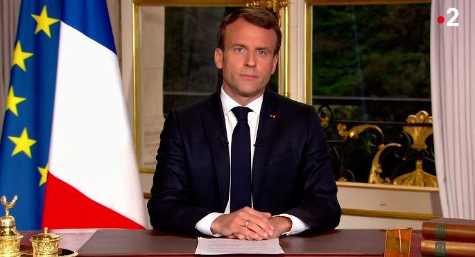 """Macron veut que la cathédrale soit rebâtie """"d'ici cinq"""