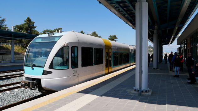 Η HuffPost κατέγραψε πρώτη τη διαδρομή του τρένου, στη νέα γραμμή Κιάτο –