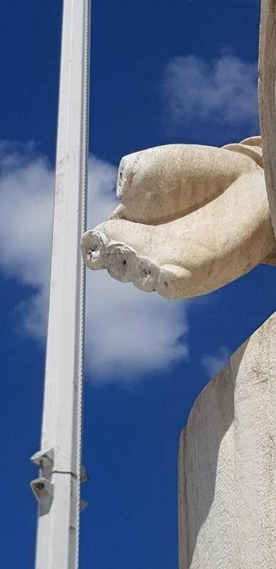 Βανδάλισαν ξανά το άγαλμα του Καποδίστρια στο