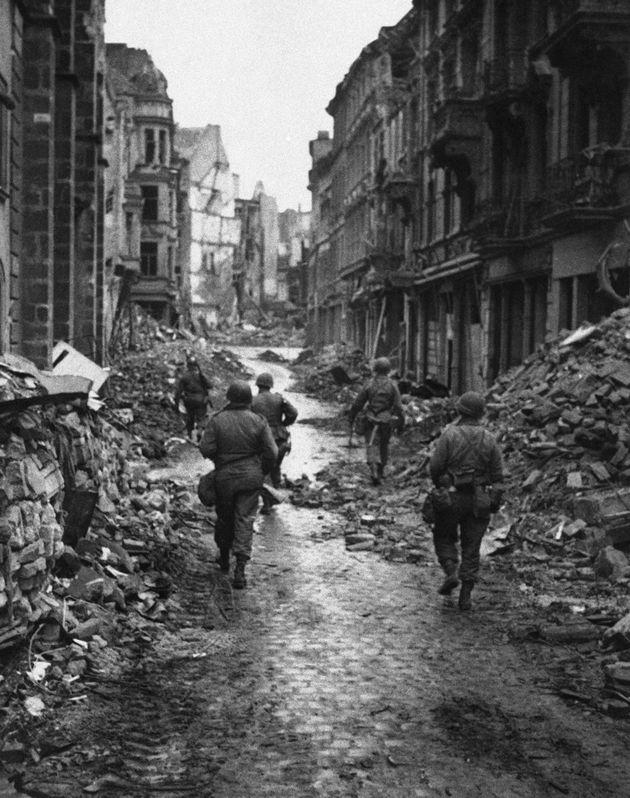 Βιβλία μεγάλης ιστορικής αξίας που χάθηκαν στον Β Παγκόσμιο Πόλεμο βρήκαν τον δρόμο της