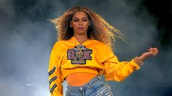 Beyoncé Opens Up About 'Extremely Difficult' Pregnancy With Her