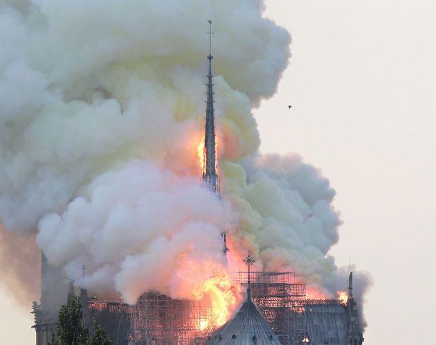 La última iniciativa de Francia para devolver su aguja a Notre
