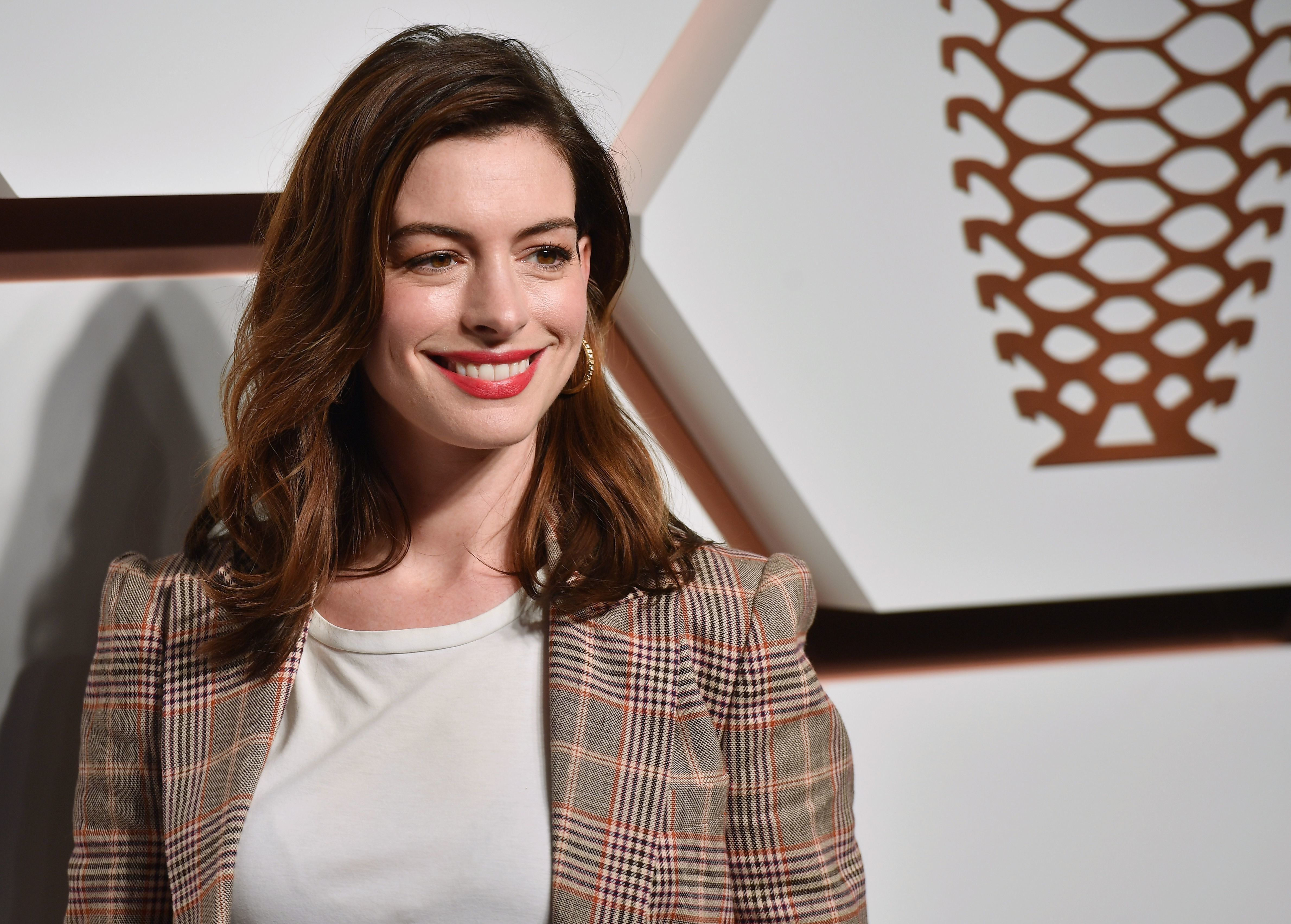 US actress Anne Hathaway attends The Shops & Restaurants at Hudson Yards Preview Celebration Event on March 14, 2019 in New York City. (Photo by Angela Weiss / AFP)        (Photo credit should read ANGELA WEISS/AFP/Getty Images)