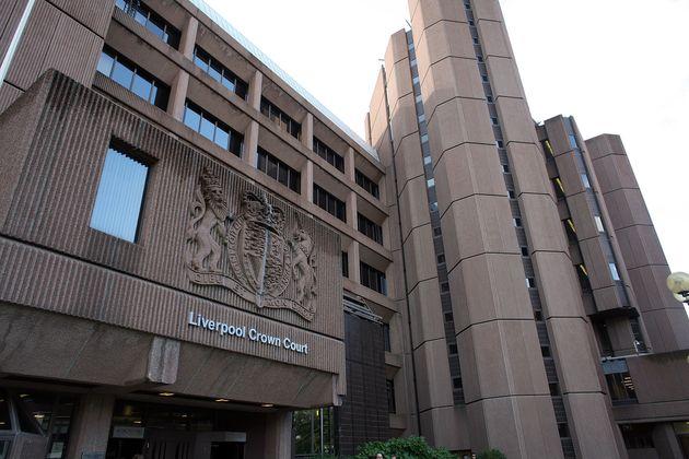 Λίβερπουλ: 4 άνδρες απήγαγαν και βασάνισαν 33χρονο προσποιούμενοι τους