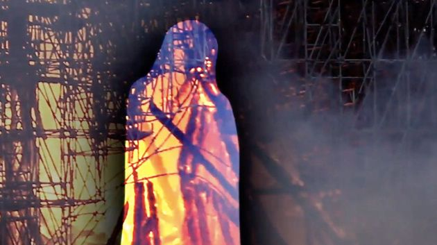 People Claim To See Jesus In Flames Engulfing Notre Dame