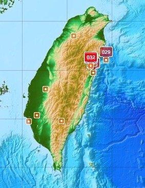 台湾の花蓮県でM6.1の地震。落石が発生、駅が水浸し...現場を捉えた動画