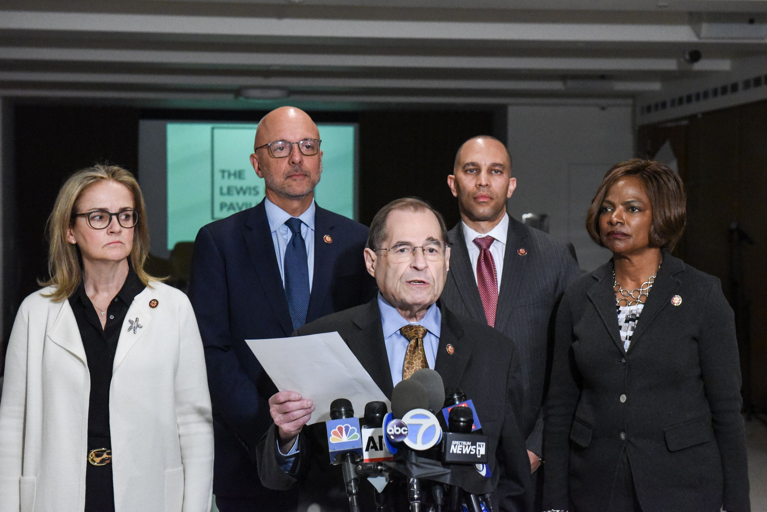 NEW YORK, NY - APRIL 17:  (L-R) U.S. Reps. Madeleine Dean (D-PA), Ted Deutch (D-FL), Jerrold Nadler (D-NY), Hakeem Jeffries (D-NY) and Val Demings (D-FL) hold a news conference about the release of the long-awaited report by special counsel Robert Mueller on April 17, 2019 in New York City. Attorney General William Barr will be holding a news conference tomorrow morning before the Mueller report is released.  (Photo by Stephanie Keith/Getty Images)