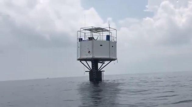 Ταϊλάνδη: Ζευγάρι έχτισε σπίτι στη θάλασσα και κινδυνεύει με θανατική