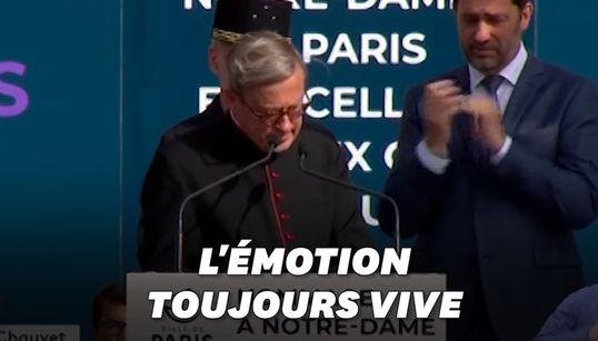 Le recteur de Notre-Dame au bord des larmes lors de l'hommage aux sauveteurs de la