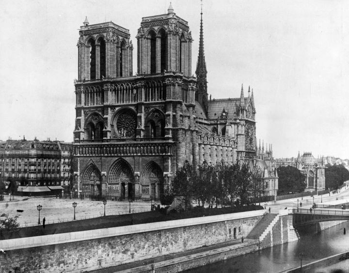Notre Dame Cathedral in 1911.