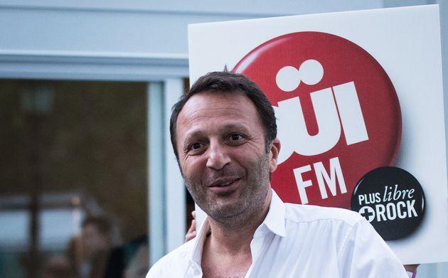 Arthur va vendre Oüi FM au groupe de Latina et Vibration (Photo prise en juillet