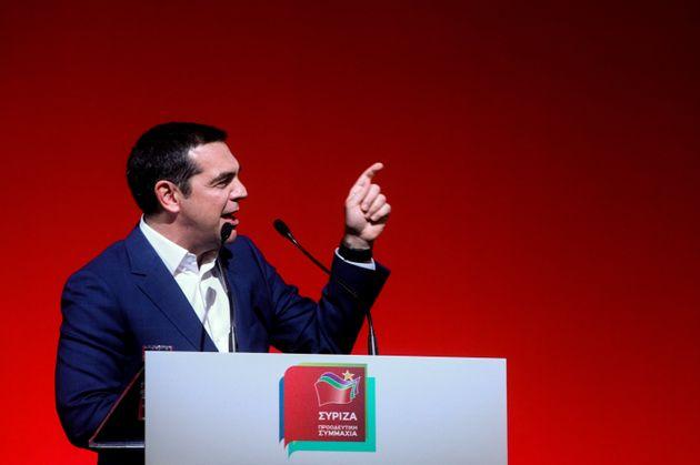 Τσίπρας: Φυσικός αρχηγός της ΝΔ ο κ.