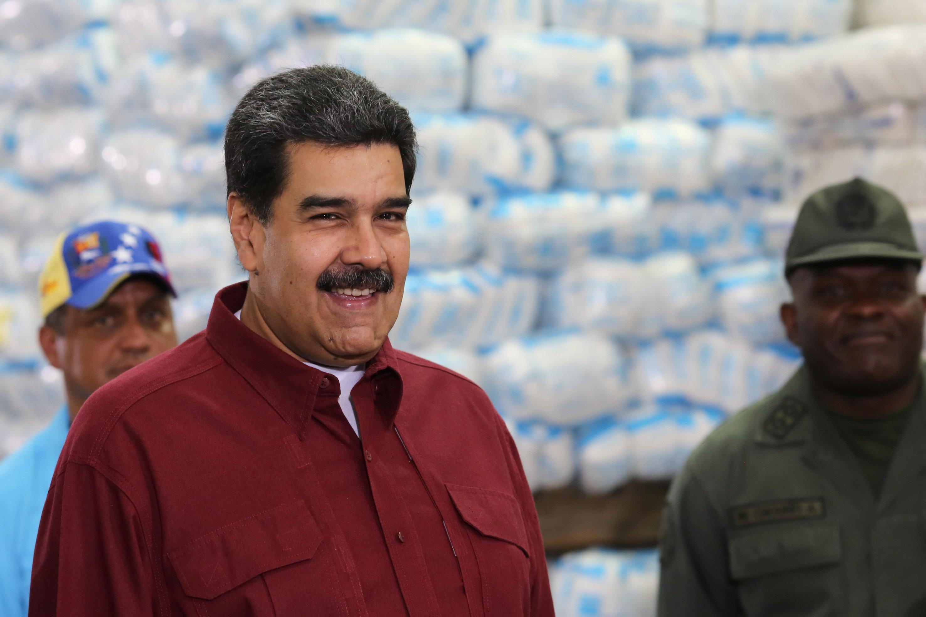 Maduro pede ao presidente do Senado brasileiro apoio para restabelecer