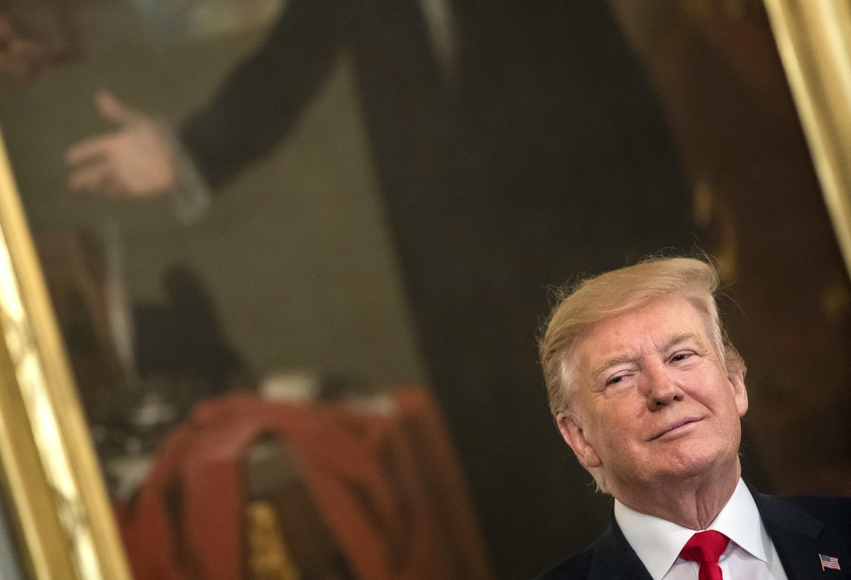 [뮬러 특검 보고서] 트럼프는 러시아 수사를 중단시키려고