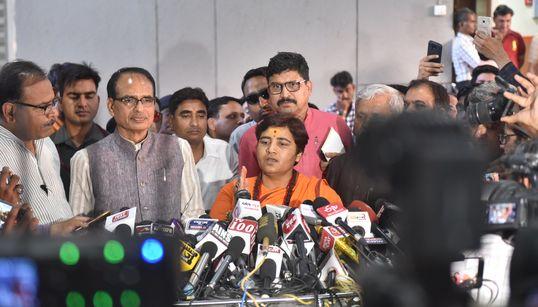 Pragya Thakur Goes On Hate Tirade Against Hemant Karkare As BJP Workers