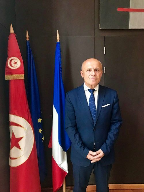 """Affaires des diplomates français bloqués à Ras Jdir: L'ambassade de France en Tunisie déplore de """"vaines et absurdes"""