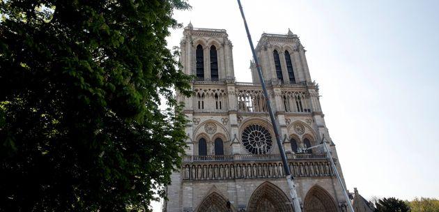 Notre-Dame de Paris ce vendredi 19 avril, quatre jours après l'incendie qui a notamment dévasté...
