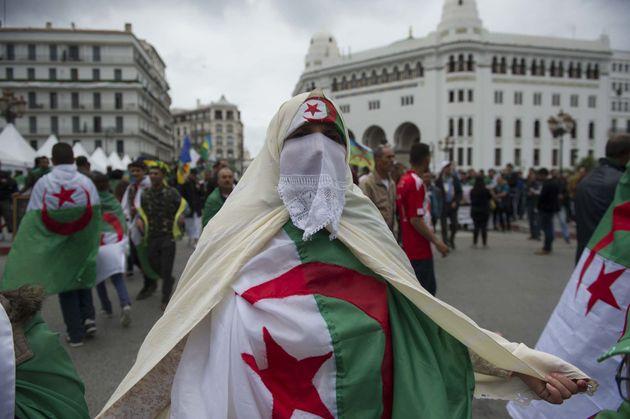Hirak, le 9e Vendredi: les Algériens toujours déterminés et en