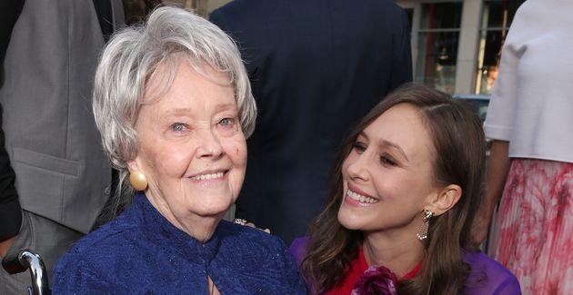 Lorraine Warren etVera Farmiga, l'actrice qui l'incarnait à l'écran dans les films...