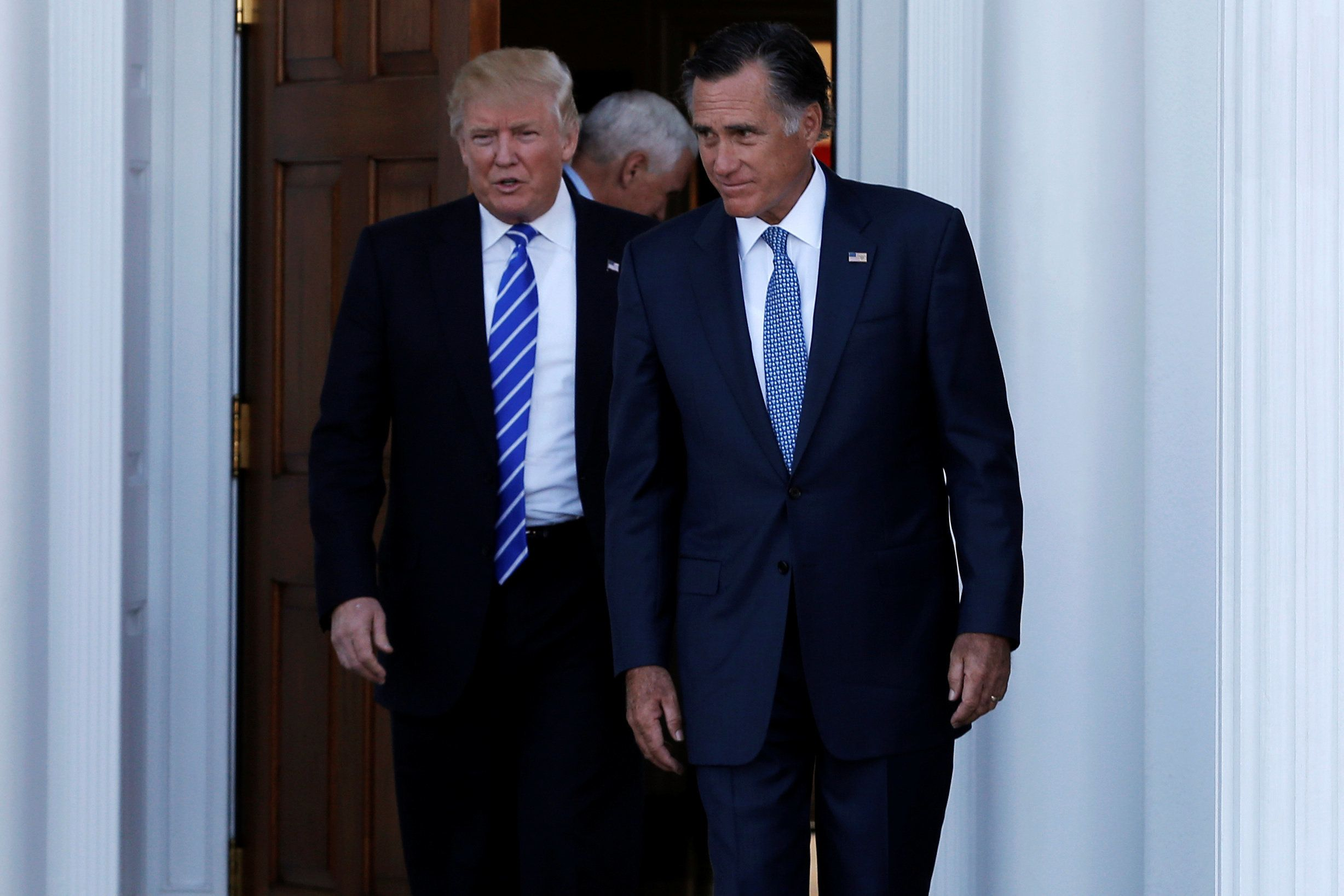 """""""Ecoeuré"""", Mitt Romney dénonce la """"malhonnêteté"""" de"""