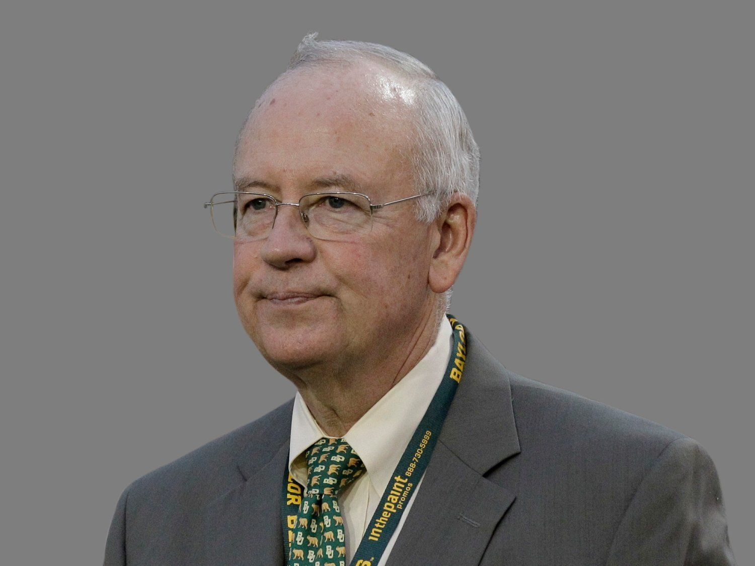 Kenneth Starr headshot, Baylor University President, graphic element on gray