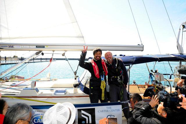 世界初、全盲のセーラー岩本光弘さんが太平洋横断 「世界一の幸せ者です」