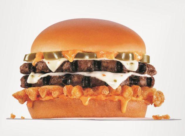 Rede de fast-food Carl's Jr. vende 1º hambúrguer com cannabis dos