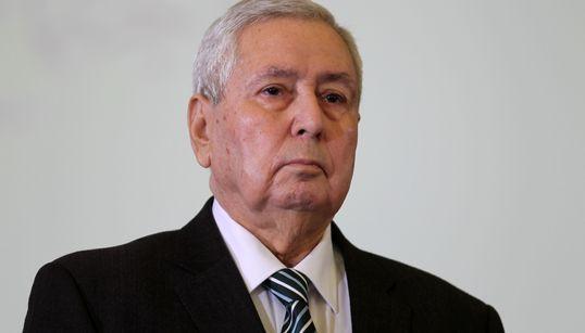 Bensalah nomme un DG des Douanes et un Gouverneur de la Banque d'Algérie par