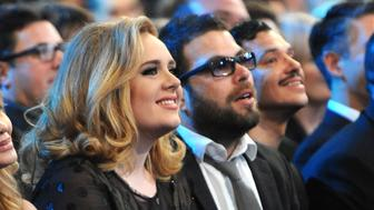 LOS ANGELES, CA - FEBRUARY 12:  Adele and Simon Konecki attend The 54th Annual GRAMMY Awards at Staples Center on February 12, 2012 in Los Angeles, California.  (Photo by Kevin Mazur/WireImage)