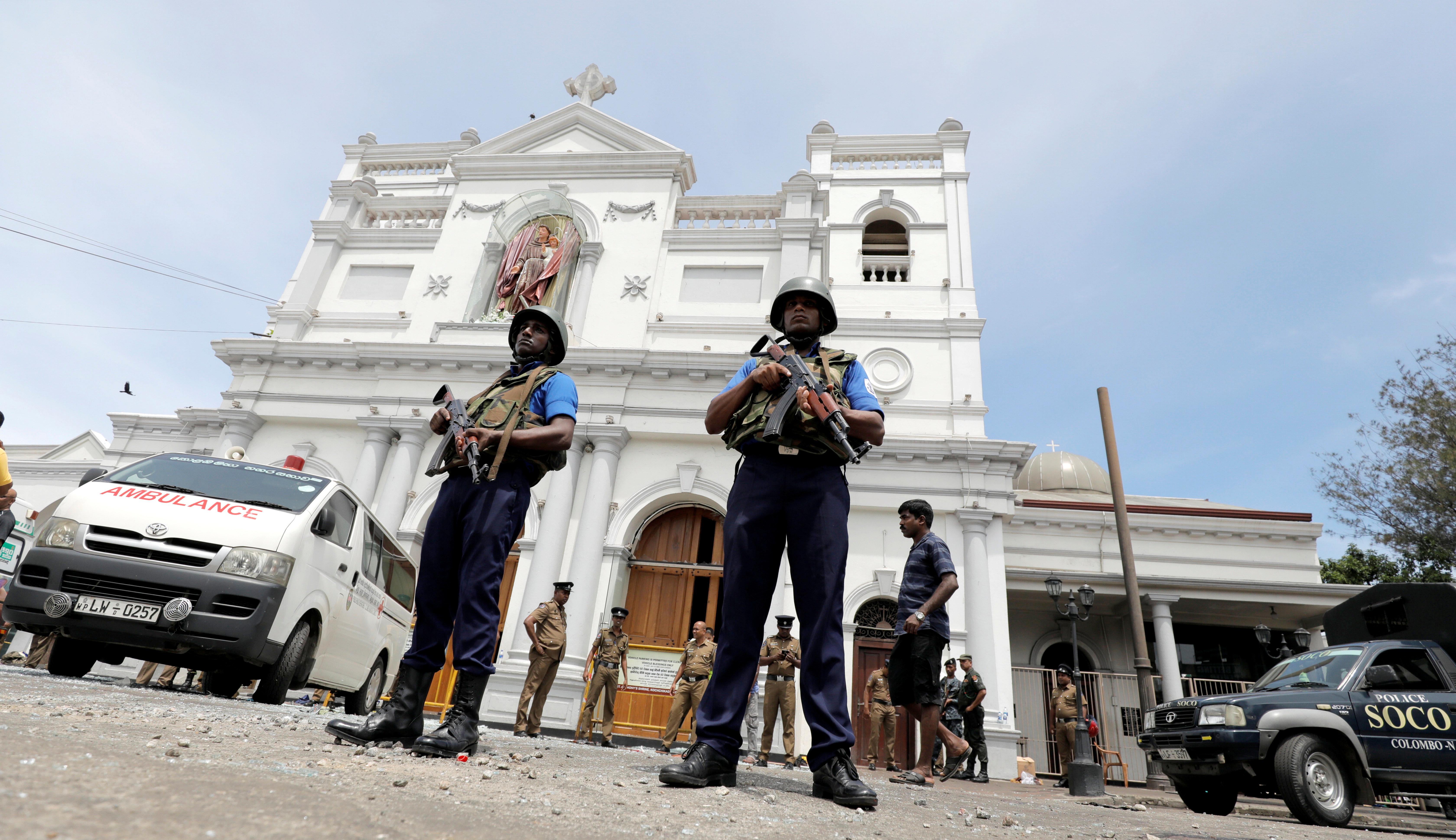 스리랑카 교회·호텔 연쇄 폭발로 500여명의 사상자가