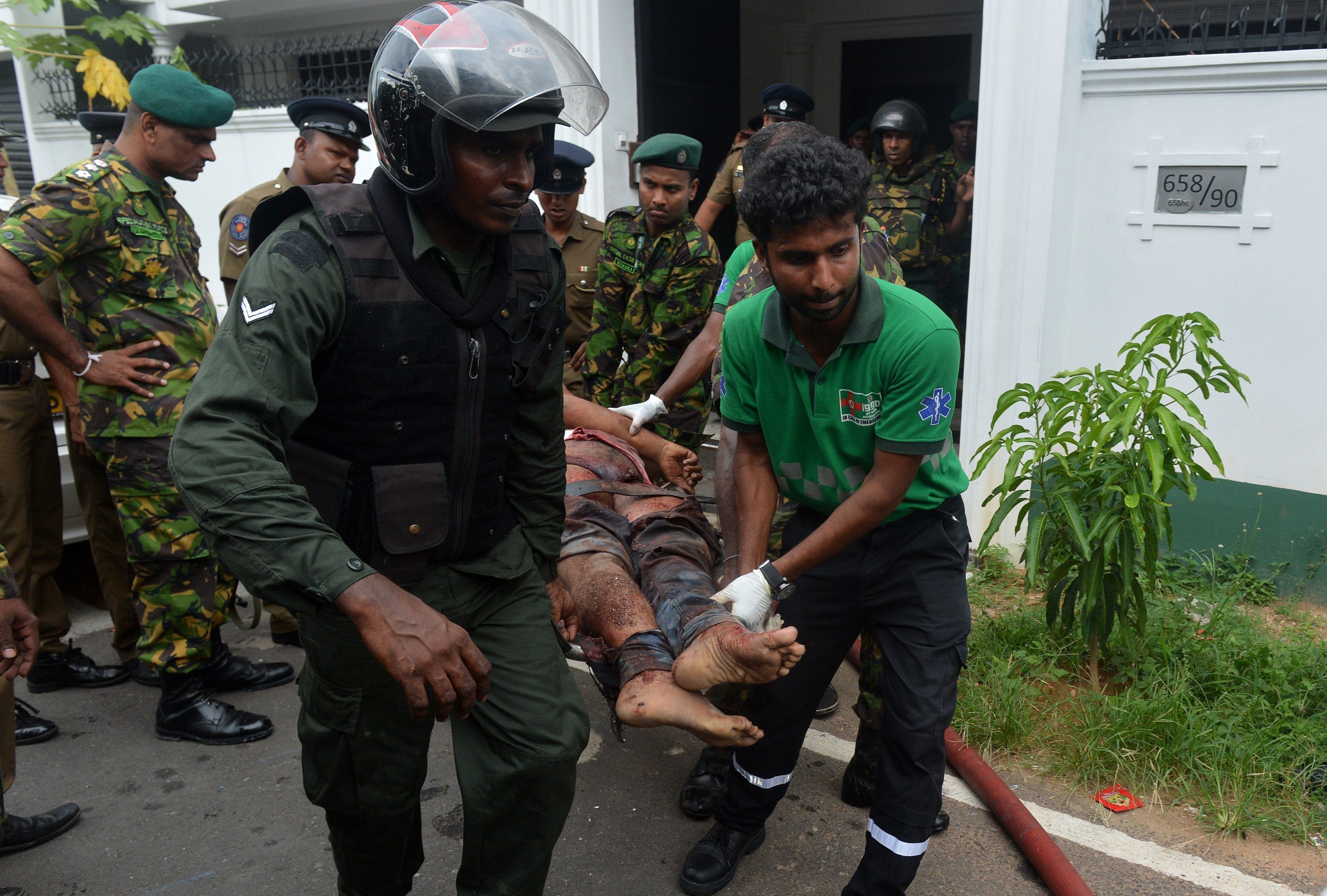 Explosão no Sri Lanka deixa mais de 200 mortos na