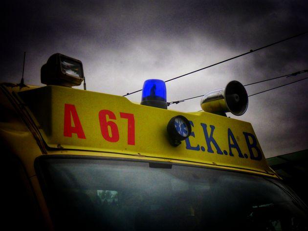 Τρίκαλα: Νεκρός 15χρονος που έπεσε από όροφο