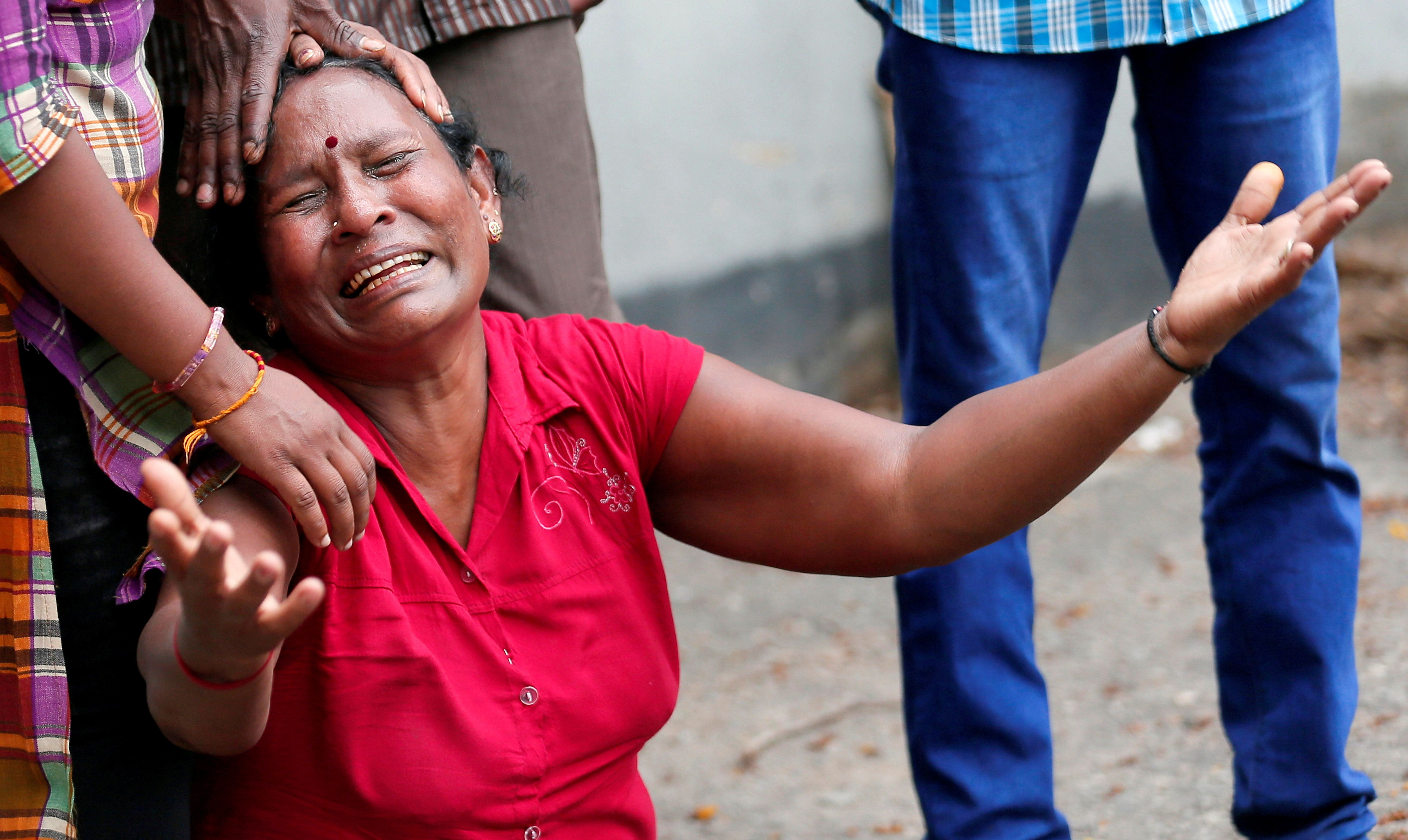 スリランカ爆発、日本人死者は30代女性 緊張なお続く