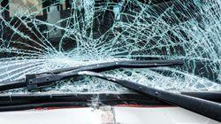 幼稚園バスなど5台からむ事故、2人が意識不明 熊本市中央区の国道