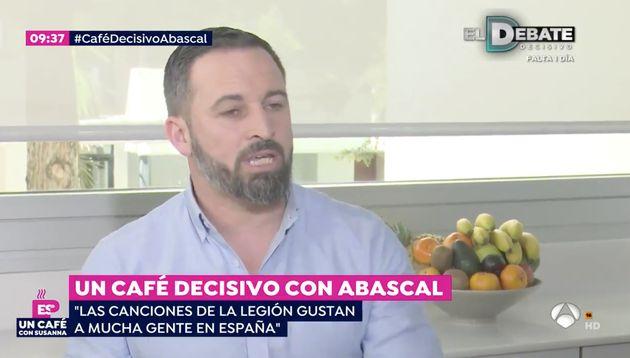 Lluvia de críticas por la ultima ocurrencia de Santiago Abascal: quiere que los niños canten esta canción...