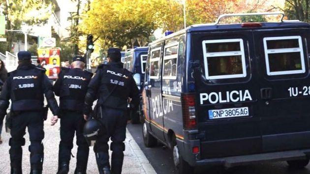Expulsado un policía nacional por abusar sexualmente de una mujer