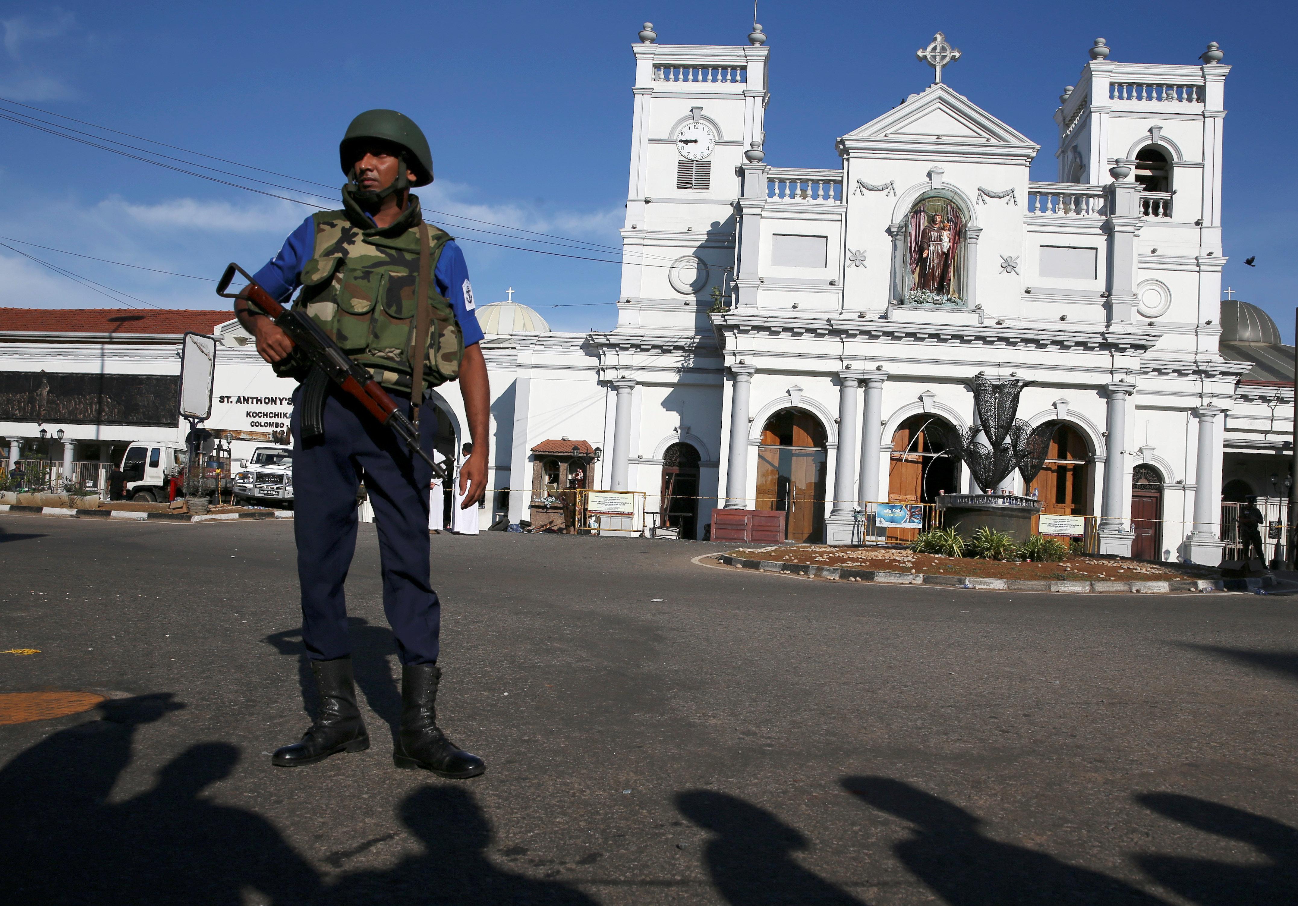 Un mouvement islamiste local à l'origine des explosions au Sri Lanka, selon le