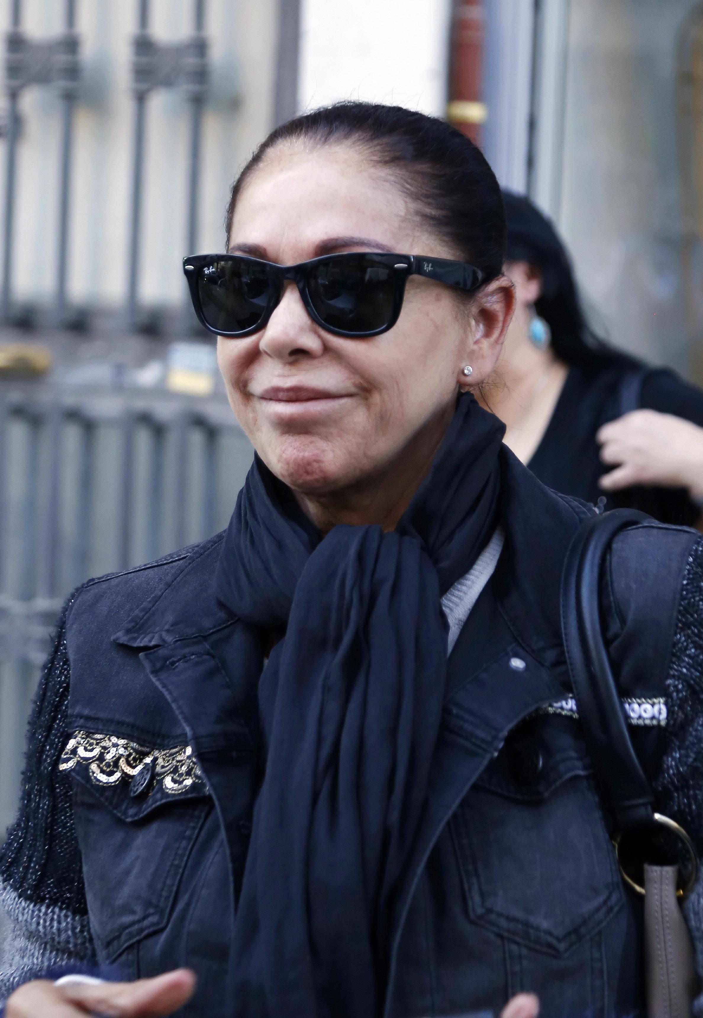 ¿Por qué ha llorado Isabel Pantoja en el avión rumbo a