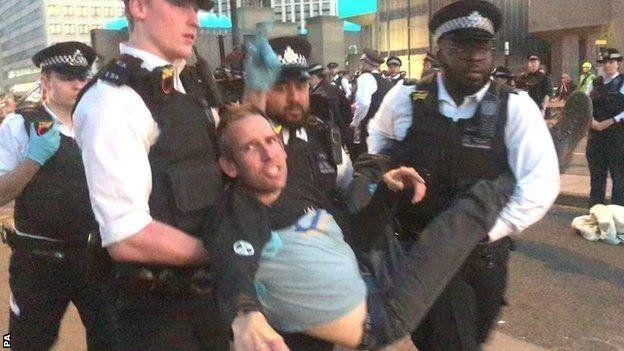 Λονδίνο: Συνελήφθη χρυσός Oλυμπιονίκης σε διαδήλωση για την κλιματική