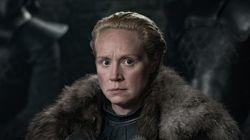 Cette scène de l'épisode 2 de GoT avec Brienne a tordu le cou aux traditions (et les fans sont