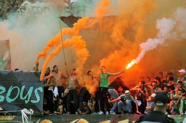 Pour contrer le hooliganisme dans les stades, les Ultras du Raja et du Wydad établissent un