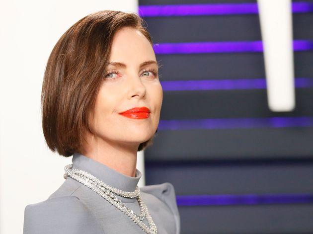 Em entrevista ao jornal britânico Daily Mail, atriz deu fim a especulações e críticas...