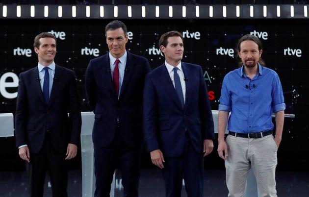 El debate de 'ida': la sangre no llega al río, Rivera se come a Casado y Sánchez