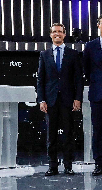 Lo que no se escuchó en el debate: los detalles en la ropa y los gestos de los