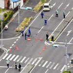 小学生2人がはねられ1人重体 軽乗用車運転の男を逮捕