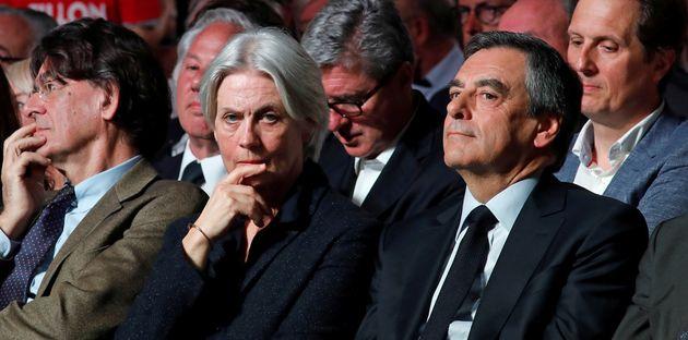 La défense de François Fillon pendant sa campagne taillée en pièces par les
