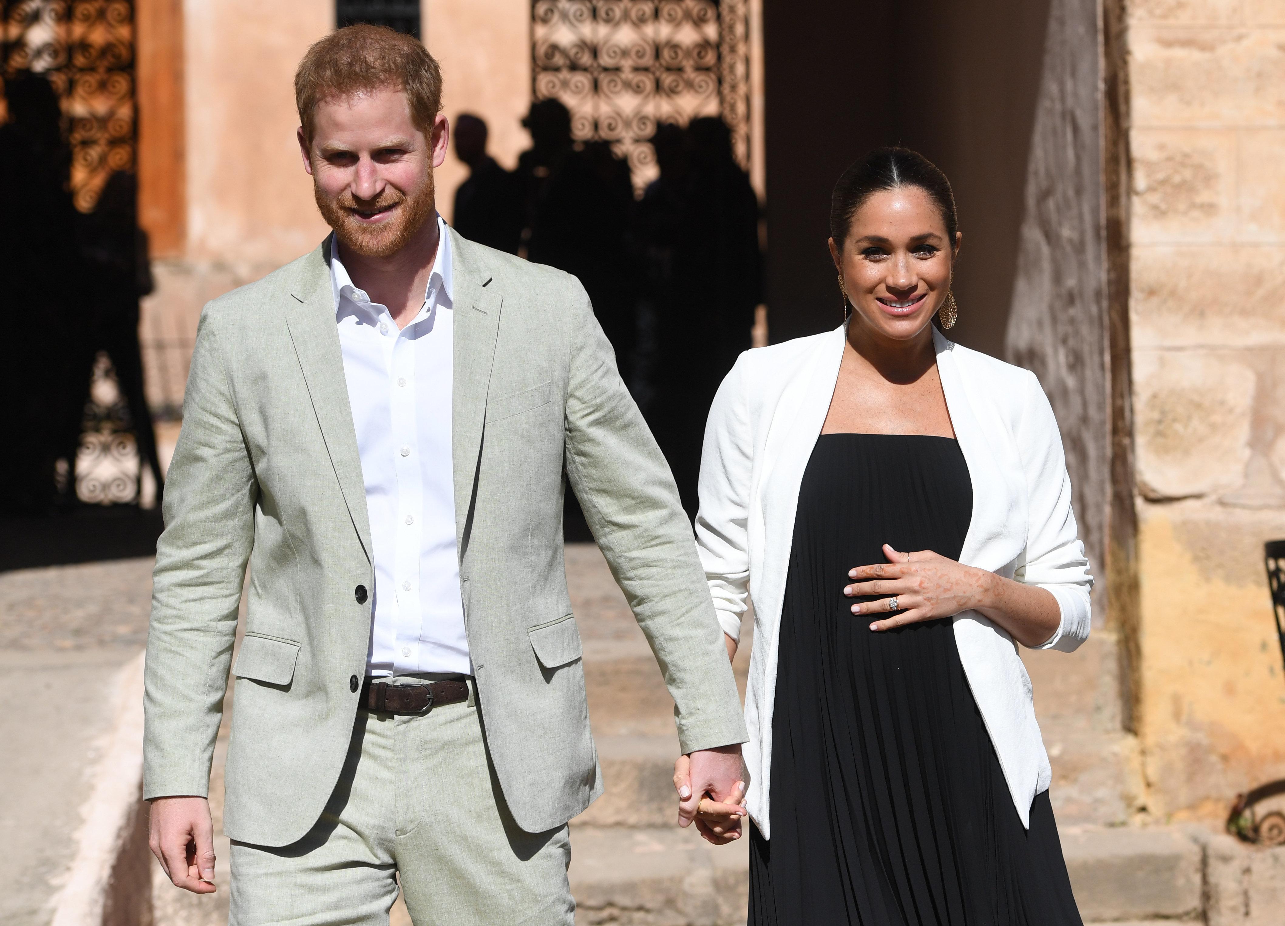 """Meghan Markle et le prince Harry pourraient déménager en Afrique après la naissance du """"royal"""