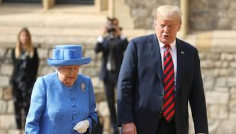 Britain's Queen Elizabeth inspects an honour guard with U.S. President Donald Trump at Windsor Castle, Windsor, Britain July 13, 2018.  Chris Jackson/Pool via REUTERS